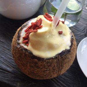 smoothie bowl, kokosnoot, bali