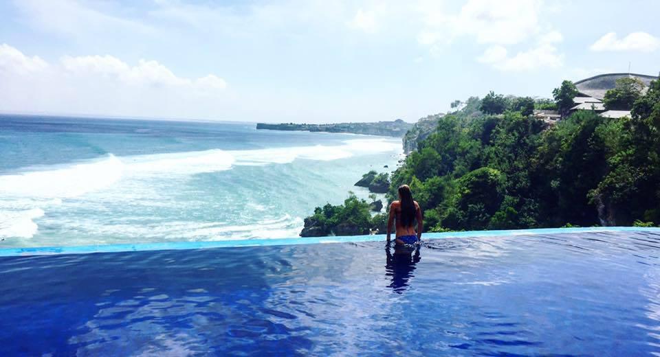 Blue Heaven, Zwembaden op Bali