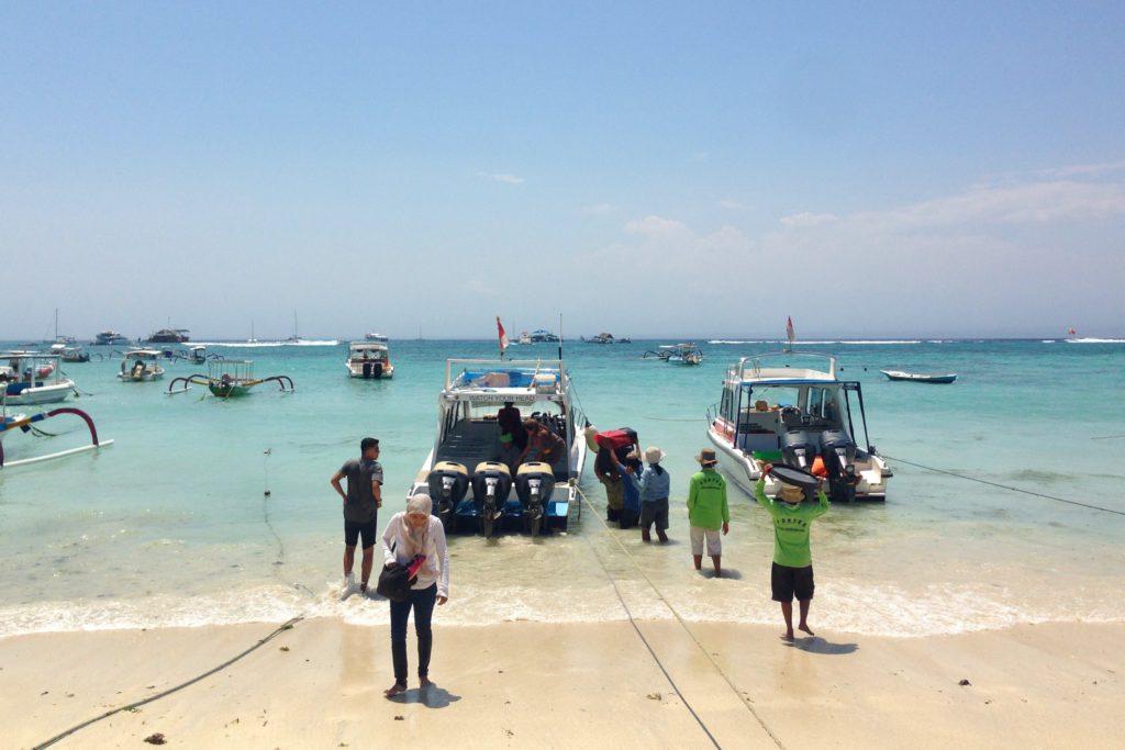 Nusa lembongan, bali steunen