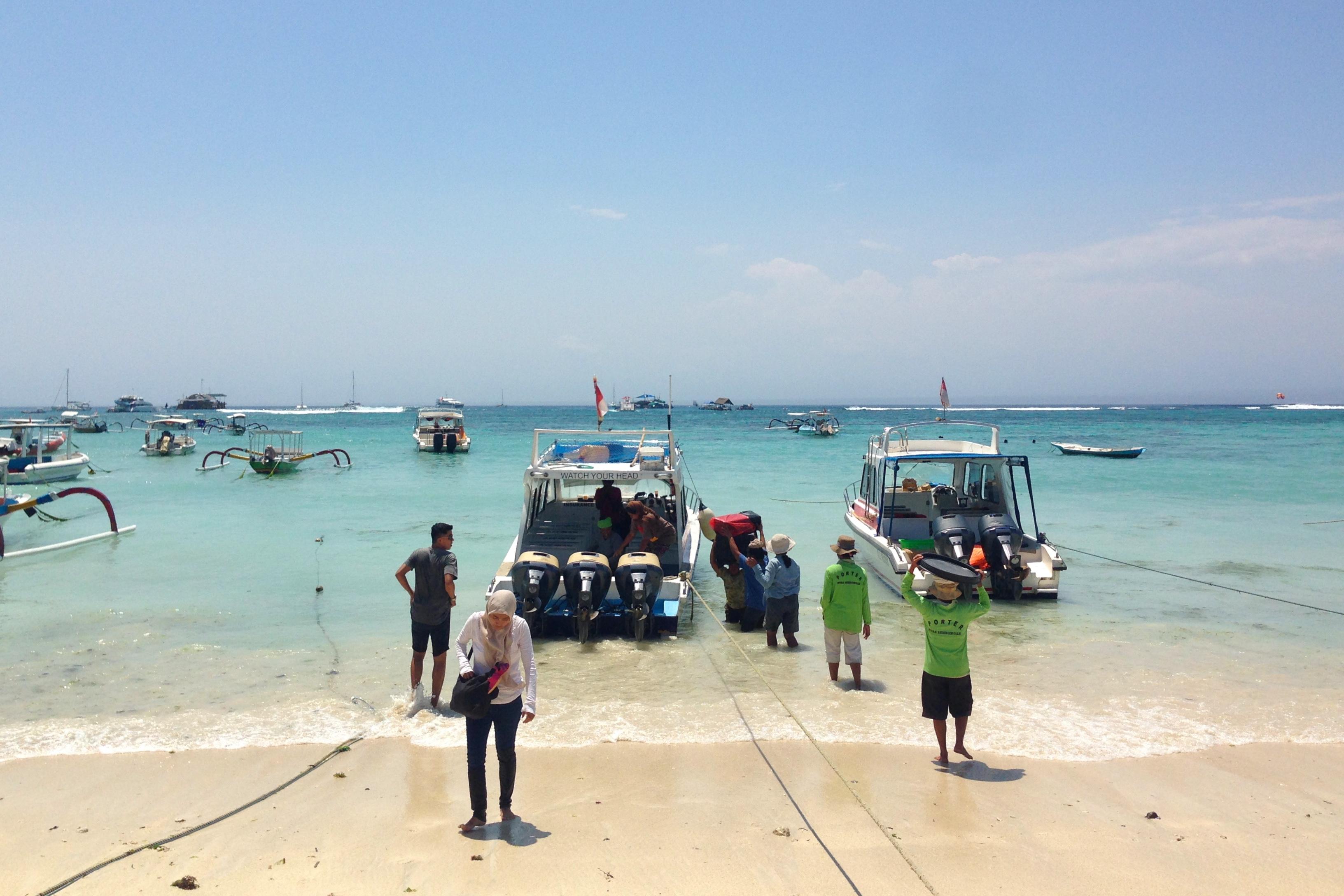 Met de boot naar Nusa Lembongan, Mushroom Bay