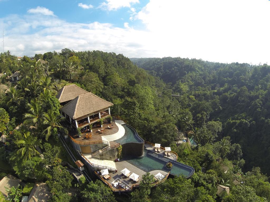 hanging gardens ubud, Zwembaden op Bali