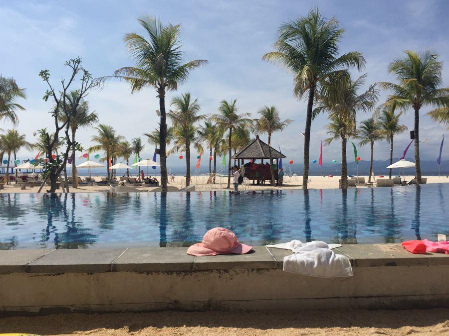 inge, bali met een kind, mahagiri resort nusa lembongan