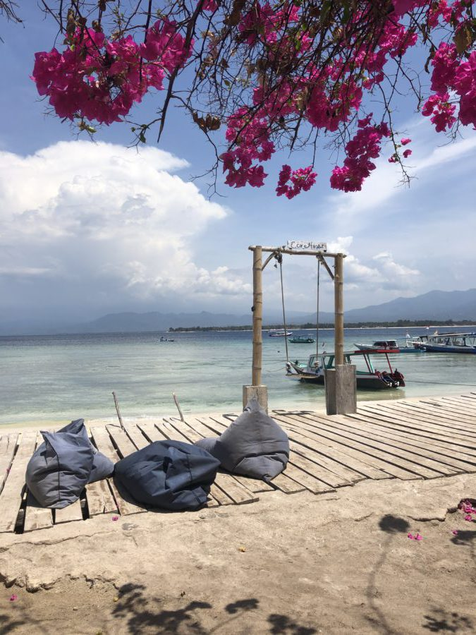 gili air, hostel, tips